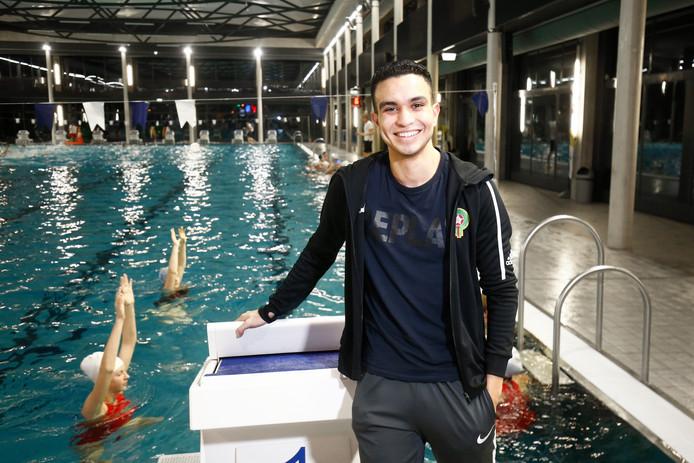 """Zakaria el Mansori: """"Ik houd niet bij hoeveel uren ik maak in het bad. Zwemmen is mijn passie."""""""