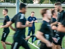 Oud-prof Frank van Kouwen blijft trainer bij De Bataven in Gendt