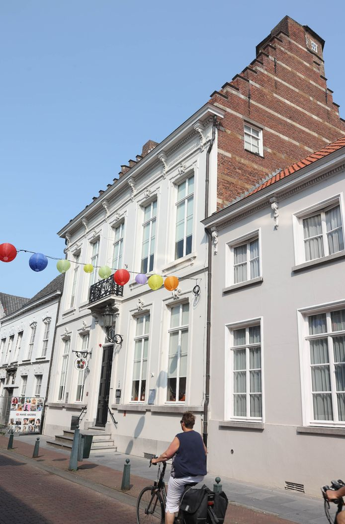 Het museumpand in de Steenstraat in Hulst.