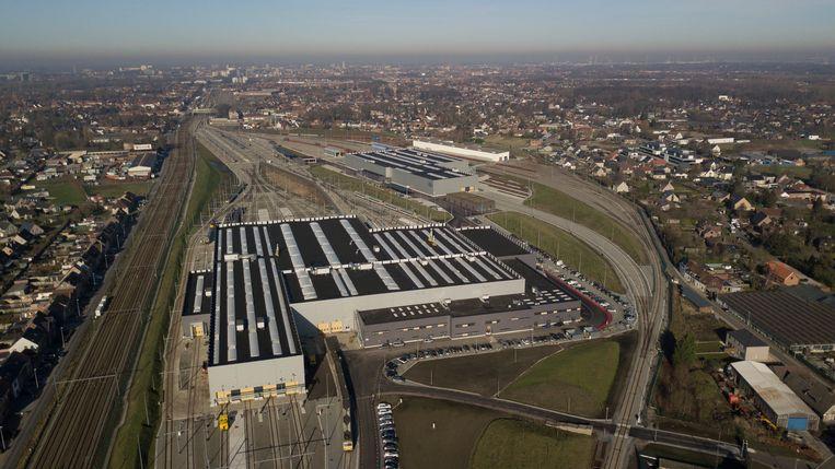 Archief. Luchtbeeld van de werkplaats van NMBS in Melle.