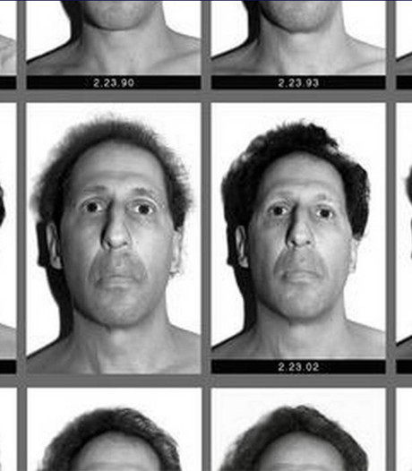Professor neemt al 30 jaar lang elke dag een selfie: 1 keer ging het mis