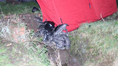 Zwaar ongeval met motor: passagier (24) komt om, motorrijder (22) gewond