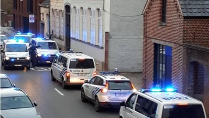 Twee gewapende roofovervallen in Nederbrakel: politie rekent na klopjacht twee minderjarigen in