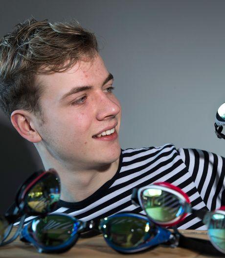 Wessel (17) uit Winterswijk verkoopt zwembrillen op sterkte: 'Ik kan mensen weer herkennen'