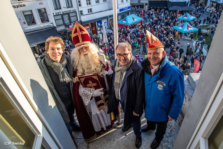 Aankomst van de Sint in Aalst.