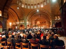 Kerstnachtmis gaat in veel kerken in regio gewoon door: 'In oorlogstijd was het waarschijnlijk sfeervoller'