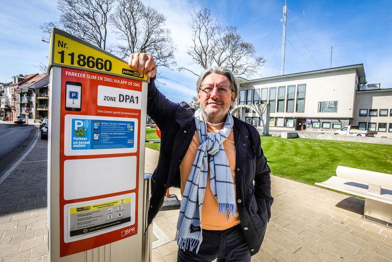 Stéphane Buyens lanceerde recent als schepen in De Panne een nieuw parkeerbeleid. Nationaal heeft hij niet genoeg stemmen voor een zetel in de Kamer