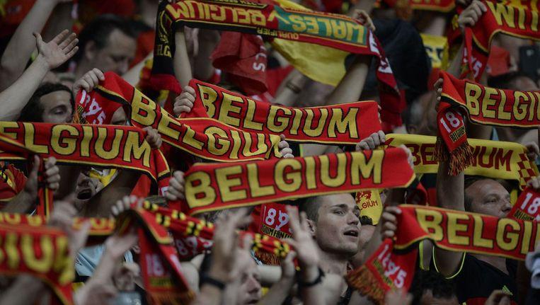 Belgische voetbalfans gisteren tijdens de wedstrijd tegen Zweden. Beeld photo_news