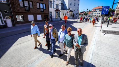 Vernieuwde Duinbergenlaan feestelijk geopend