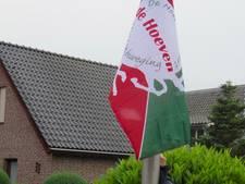 Buurtschap De Hoeven bij Haarsteeg heeft eigen vlag