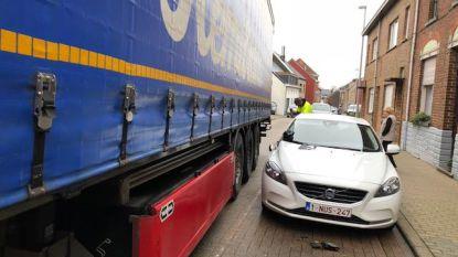 Bewoners willen zwaar verkeer weg uit Dagmoedstraat