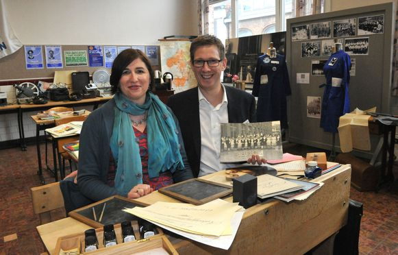 Sam Wollants schreef samen met collega-leerkracht en echtgenote Leen De Roover een boek over de geschiedenis van Ursulinen Mechelen.