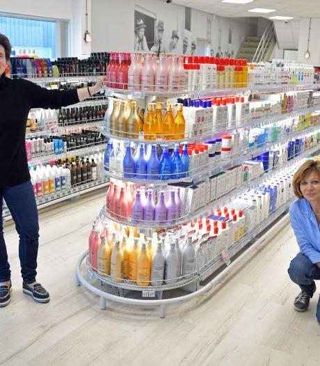 Bij De Smokkelaar in Hulst gaan beautyproducten goedkoper de winkel uit