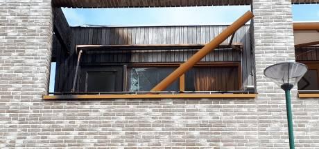 Appartement brandt uit in Veenendaal: 'De brandweer heeft de katten gered die binnen waren'