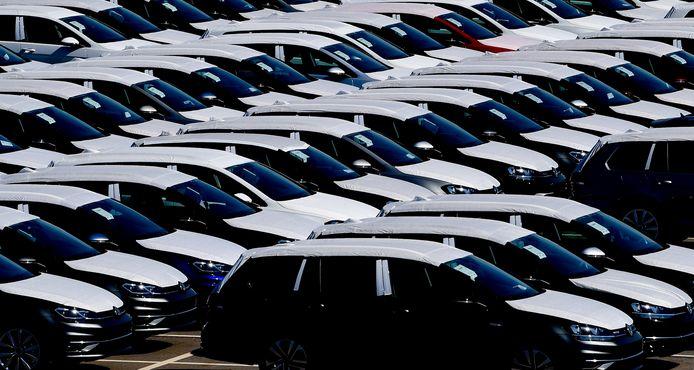 De Europese auto-industrie ligt plat. Nederlandse toeleveranciers hebben daar veel last van.