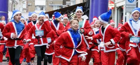 Kort na Pakjesavond rennen de kerstmannen al rond in Doesburg