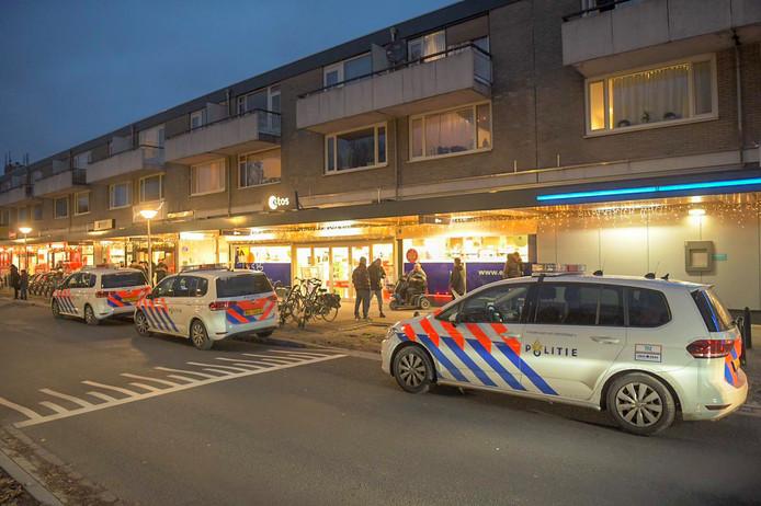 Etos aan de Tarwelaan in Eindhoven overvallen.