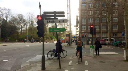 Rechtsaf vóór het rood: negen kruispunten op maat van fietser