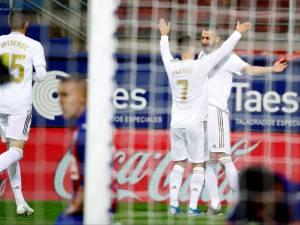 """Le Real et un """"impressionnant"""" Hazard se promènent à Eibar"""