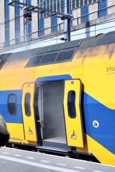 Woedende Pool krijgt rekening van 122.000 euro na  brand in treincoupé op station Arnhem Centraal