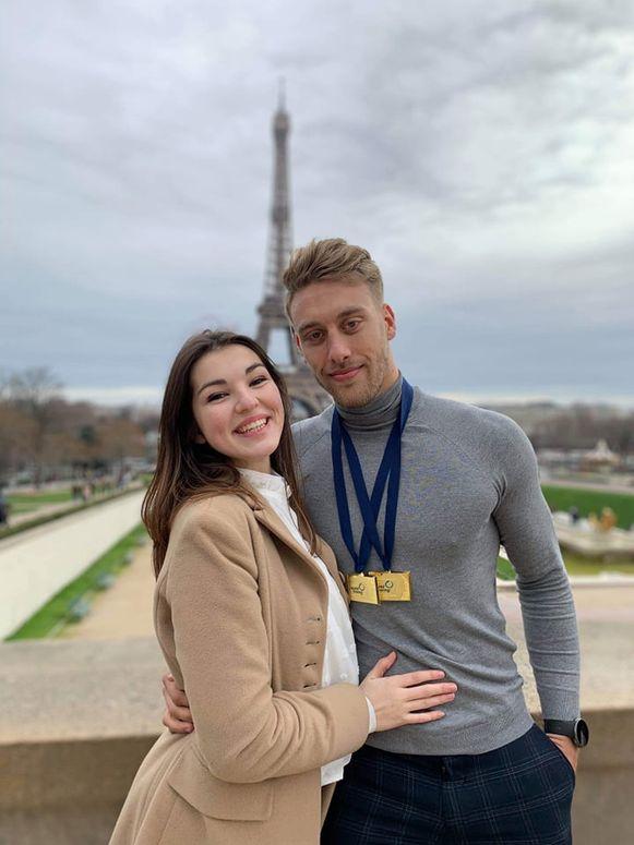 Ward Lemmelijn met zijn vriendin Mirthe.