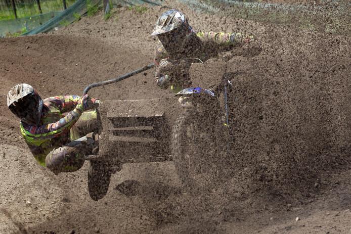Etienne (r) en Robbie Bax tijdens de GP van Valkenswaard