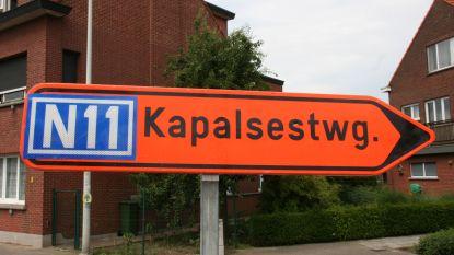 Omleidingsbord met schrijffout stuurt bestuurders naar 'Kapalsesteenweg'