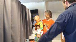 Gentenaar geeft volmacht aan clownspop met afgestoken broek