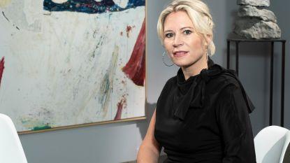 """'Stukken van Mensen'-expert Sofie Van de Velde wil  kunst toegankelijker maken: """"Voor de prijs van een Ikea-poster heb je al een uniek kunstwerk"""""""