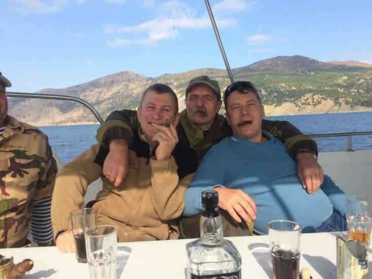 MH17-verdachte leeft luxeleven in Rusland: 'Ik ben niet bang voor het proces'
