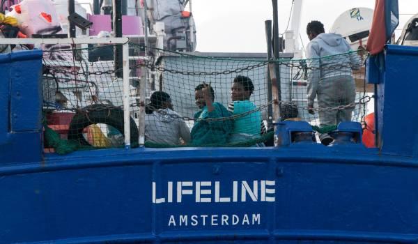 Lifeline-kapitein: Met slecht weer kan ik niet voor de levens van de passagiers instaan