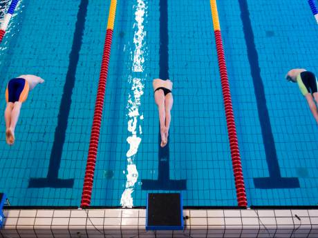 VVD wil zwembad in Van Tuyllpark