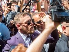 Volop stennis bij aankomst McGregor en Mayweather in Vegas