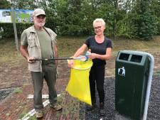 Kees (70) en Astrid (60) maken wekelijks een afvalwandeling: 'Verschrikkelijk wat je tegen komt'