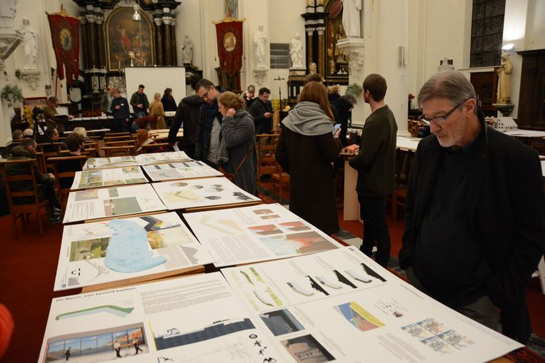 Alle ontwerpen werden donderdagavond tentoongesteld in de kerk van Doel.