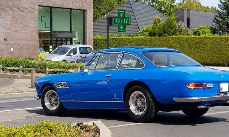 De Ferrari waar John Lennon nog mee reed, werd gespot in de Kortrijkstraat in Zwevegem