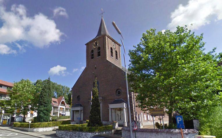 In de Sint-Petruskerk van Dikkelvenne vinden al een half jaar geen erediensten meer plaats.