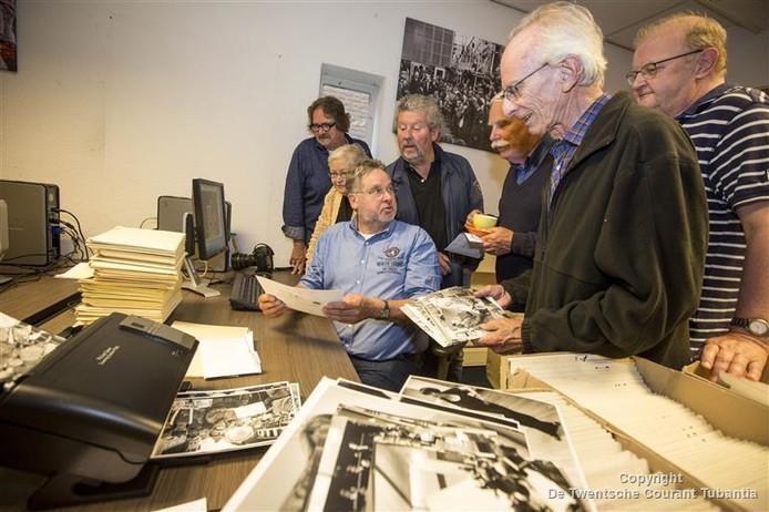 Voor het digitaliseren van het fotoarchief hebben zich al 25 vrijwilligers gemeld.