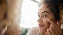 Smeren helpt niet tegen rimpels & meer dingen die je nog niet wist over cosmetica