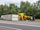 A4 bij Bergen op Zoom weer open na ongeluk met gekantelde vrachtwagen