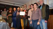 Schorrestappers schenken 2.100 euro aan 't Dolfijntje