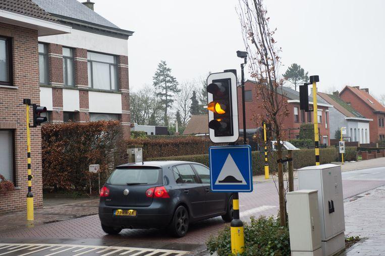 Het slimme verkeerslicht en de camera's hebben al voor heel wat discussie gezorgd.