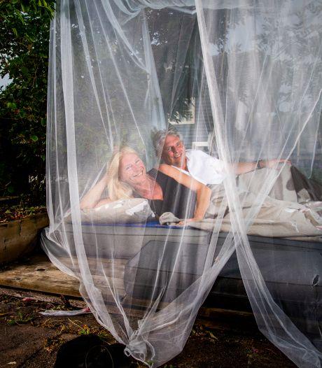 Deze slapers verkassen naar buiten: 'Op mijn slaapkamer overlijd je'