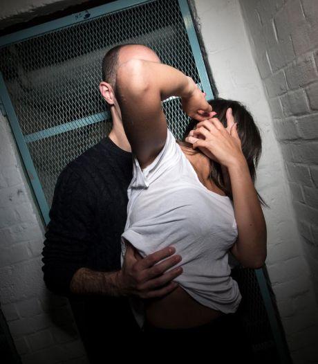 Une vendeuse violée pour le premier jour des soldes à Charleroi, l'auteur est arrêté