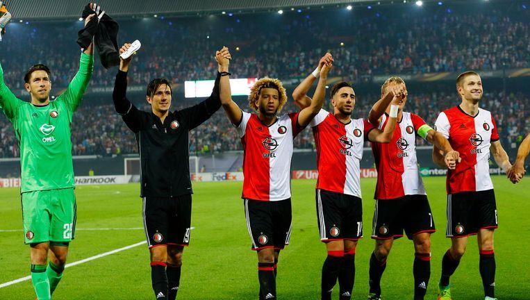 Feyenoord-spelers bedanken publiek. Beeld thinkstock