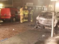 Porsche brandt volledig uit in Wierden