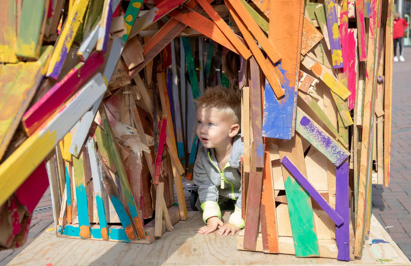 Kinderen vermaakten zich prima op het  kunstfestival Groen Geluk.