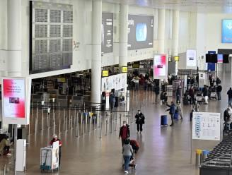 Slechts 7 procent buitenlandse reizigers die terugkeren uit rode zone laat zich nog testen