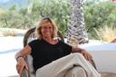 Veerle Goffin gooit haar leven om zodra haar huis verkocht is.