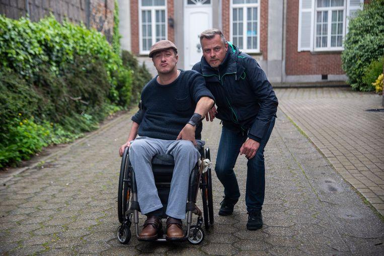 Erik Lammens uit Wichelen en Piet Leye uit Wetteren van de vzw Sloboda.